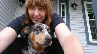 Danielle, Pet Sitter in Hebron