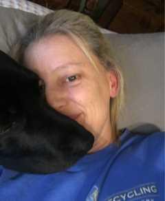 Michele, Pet Sitter in Dumont